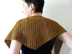 Lacy Baktus by terhimon, free pattern - click on image after link for lace variation instructions.  Weigh yarn before knitting to determine half way point.