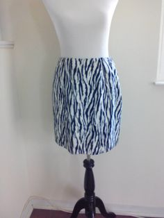 Impresión de la cebra 80s Saks Fifth Avenue Mini falda, tamaño 8, falda de cintura alta Animal imprimir elegante falda, Avant Garde de diseñador, talla M