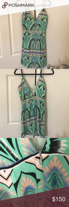 Shona Joy Printed Mini Dress- size 4 Shona Joy printed mini dress. Size 4 fitted with spaghetti straps. Super cute! Worn once perfect condition Shona Joy Dresses Mini