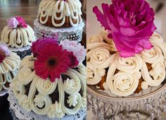 nothing bundt cakes wedding - can they do that with the icing???