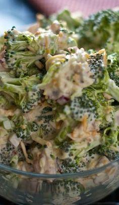 Amish Broccoli Salad – Cooking Life to the Fullest Amish Broccoli Salat Mehr Dutch Recipes, New Recipes, Cooking Recipes, Recipes Dinner, Recipies, Cream Recipes, Amish Broccoli Salad, Broccoli Salad Recipes, Brocolli Salad