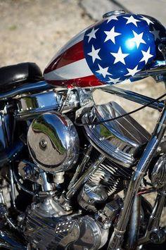 Harley Davidson News – Harley Davidson Bike Pics Softail Bobber, Harley Panhead, Motos Vintage, Vintage Motorcycles, Custom Motorcycles, Custom Choppers, Easy Rider, Low Rider, Harley Davidson Chopper