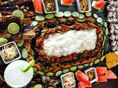 Filipino boodle feast