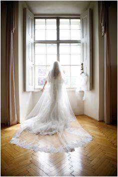 Evi Emi Leopoldskron05 Schloss Leopoldskron Salzburg casamento Salzburg, Summer Wedding, Dream Wedding, Wedding Wishes, Photography Photos, Elegant Wedding, Wedding Dresses, Brides, Weddings