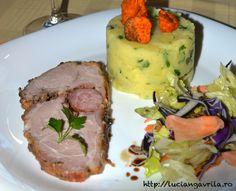 Ceafă de porc în crustă de muștar, piper, miere și ierburi de Provence Pork Recipes, Steak, Pork, Steaks