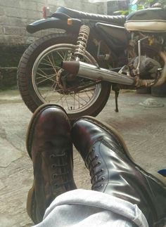 Enjoy weekend lads !   #drmartens #docmart #caferacer #bratstyle #japstyle