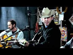 Aaron Watson - 'Real Good Time' ::: Second Story Garage - YouTube.