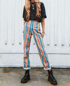 Women's outfit idea, colorful pants, edgy street style - Women's outfit idea, colorful pants, edgy street style Source by trendydresspins - Retro Outfits, Vintage Outfits, Cool Outfits, Vintage Pants, Classy Outfits, Casual Outfits, Plad Outfits, Edgy Summer Outfits, Hipster Outfits