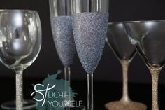 DIY glittered glassware ~ Dishwasher safe! Loose glitter + Martha Stewart Crafts Decoupage Glue