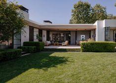 Scott Mitchell Studio Cheap Mansions, Mansions For Sale, Mansions Homes, Luxury Floor Plans, Beverly Hills Mansion, Studios Architecture, Architecture Design, Luxury Flooring, White Oak Floors
