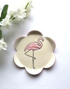 Flamingo ring dish. Handmade by #elyssoncreations