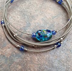 Guitar String Bracelet Beaded Jewelry, Jewelry Bracelets, Handmade Jewelry, Bangles, Diy Bracelet, Diy Jewelry, Guitar String Bracelet, String Bracelets, Jewelry Accessories