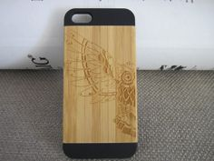 ON SALE,Owl Wings iPhone5 Case iPhone Case iPhone 5 Wood Case iPhone 100% Wooden Case Engraved Owl Wings Case Wooden Handmade Covers