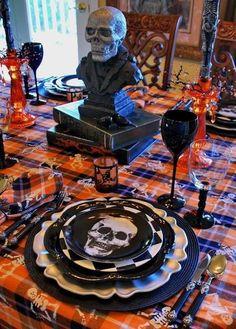Piatto con teschio per Halloween - Per non fuoriuscire dal tema, scegliete di utilizzare un piatto con un teschio. Di certo non sbaglierete!