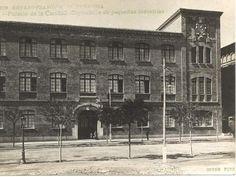Colección de fotografías antiguas de Zaragoza, en el año 1908 - Noticiasdehumor.com Louvre, Building, Travel, Zaragoza, Old Photography, Cities, Pictures, Viajes, Buildings