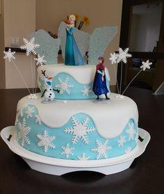 Motif cakes for kids with fondant - original ideas for girls & boys - Geburtstag - Gateau Frozen Birthday Cake, Birthday Cakes For Women, Frozen Cake, Cakes For Boys, Frozen Fondant Cake, Elsa Cakes, Frozen Theme, Frozen Disney, Party Cakes