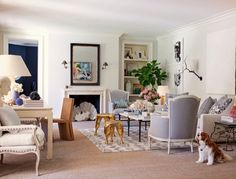 Today on LDV, take a tour of the chic Miami home of @cultured_mag editor @sarahgharrelson and her interior designer husband, Austin…