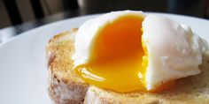 Jamie Oliver Shares His Trick For Perfect Poached Eggs