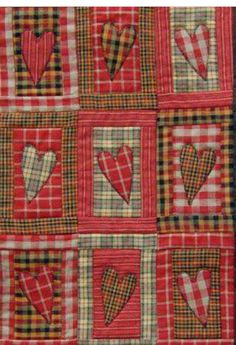 Plaid valentine quilt by Marjo (The Netherlands). MBW quilts en andere stofzaken: februari 2012 Plaid is Autumn and Hearts are Feb. Flannel Quilts, Plaid Quilt, Rag Quilt, Scrappy Quilts, Mini Quilts, Quilt Blocks, Tutorial Patchwork, Primitive Quilts, Scraps Quilt