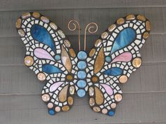 Butterfly Mosaic, Mosaic Flower Pots, Mosaic Birds, Mosaic Wall Art, Glass Butterfly, Mosaic Diy, Mosaic Crafts, Mosaic Projects, Butterfly Pattern