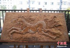38-year-old Liu Xuedong discovered his artistic side quite late in life, during a serious mid-life crisis. He wasn't happy with his job as a security guard in China's Jilin Province, but instead of whining about it, he taught himself how to create art with toothpicks.