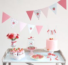 Strawberry Inspired Sweet Table Festa di compleanno con le fragole