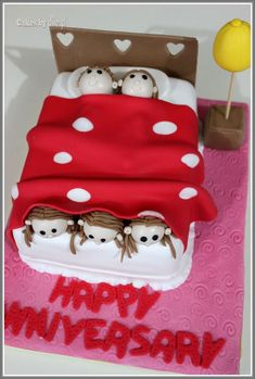 Cute Wedding Anniversary Cake Ideas - Images Cake and Photos MasakanEnak. 10 Year Anniversary Gift, Wedding Anniversary Presents, Anniversary Funny, Ruby Anniversary, Anniversary Parties, Aniversary Cakes, Bed Cake, Small Birthday Cakes, Rodjendanske Torte