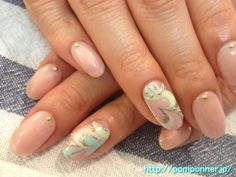 Nude & Marbled nail