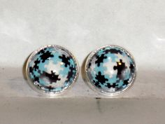Ohrstecker - Ohrstecker Puzzle Ohrringe Damen Ohrschmuck Glas - ein Designerstück von ausgefallene-Ohrringe bei DaWanda