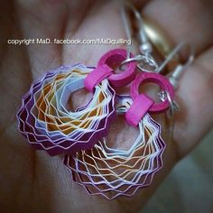 """quilled earrings these are different! With different colors i would really like these! They are going on my """"to make"""" list :)"""