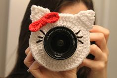 KITTY CAMERA BUDDY PATTERN   by: Kristin Hankins       You may sell your finished product, but DO NOT claim this pattern as your own....