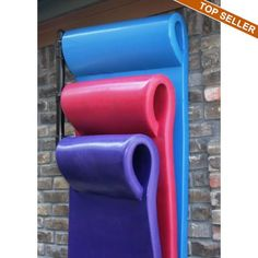Float Storage Hanging Rack - Foam floats are perfect pool furniture for lounging in the crystal clear water on a warm summer's day, but where do you store them when not. Pool Float Storage, Pool Toy Storage, Outdoor Storage, Pool Organization, Swimming Pool Accessories, Pool Rafts, Pool Furniture, Furniture Stores, Furniture Design