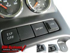 USB Ladebuchse für VW Golf 5 VW Golf 6 oder VW Scirocco und VW EOS paßt perfekt zur Zusatzinstrumentenkonsole von KW-Systems.