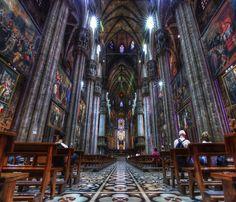 Interior da Catedral de Milão, Itália
