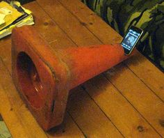 Cheap/free traffic cone I-phone amplifier