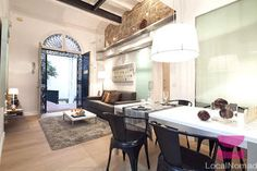 Homely apartment just off La Rambla with a private roof terrace
