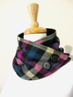 Scarf Wrap Neck Warmer Magenta Pink and Turquoise Checker Tartan with Buttons Cute Sewing Projects, Sewing Hacks, Sewing Crafts, Couture Sewing, Neck Wrap, Love Sewing, Neck Scarves, Neck Warmer, Hand Warmers