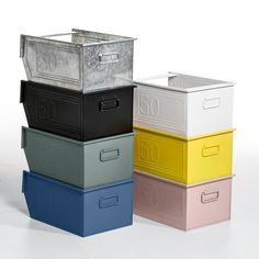 Directly inspired by kitchen storage solutions, this metal basket, complete with carry handle, is stackable for maximum storage. In epoxy finish metal. Length 28 x depth 37 x height 20 cm.Directly inspired by kitchen storage solutions, this metal basket, complete with carry handle, is stackable for maximum storage. In epoxy finish metal. Length 28 x depth 37 x height 20 cm.
