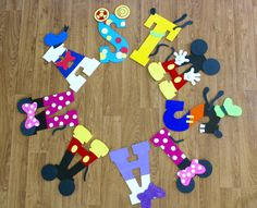 Letras de madera de casa club Mickey Mouse Minnie Mouse