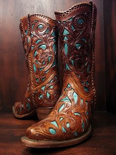 beautiful cowboy boots.
