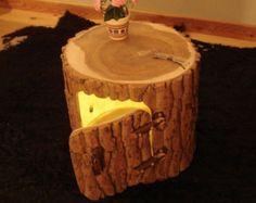 Beistelltisch Dekosäule Baumstammtisch von HolzbauBohse auf Etsy
