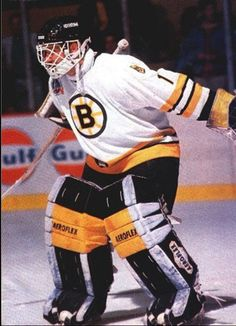 Rejean Lemelin (1987-93) • Boston Bruins Pro Hockey, Ice Hockey Teams, Bruins Hockey, Hockey Goalie, Hockey Games, Hockey Players, Nhl, Boston Bruins Goalies, Poke The Bear