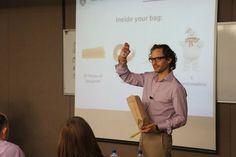 en #CampusDinamarca el Dr. Rodrigo Canales en el Diplomado Transformative Leadership
