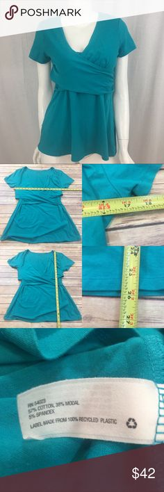 🍒Medium Gap Nursing Blue Short Sleeve V-Neck Top Measurements are in photos. Normal wash wear, no flaws. E2/42  I do not comment to my buyers after purchases, due to their privacy. If you would like any reassurance after your purchase that I did receive your order, please feel free to comment on the listing and I will promptly respond.   I ship everyday and I always package safely. Thank you for shopping my closet! GAP Tops