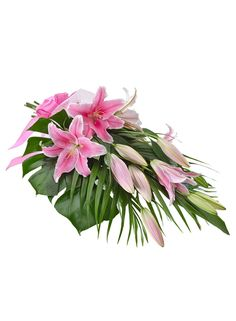 For the lover of lilies! Graceful features soft pink fragrant lilies beautifully wrapped up in a feminine bouquet. Send their heart fluttering this Qixi Festival with Graceful!