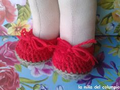 Zapatos a crochet para muñeca. Doll crochet shoes.