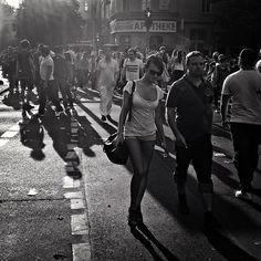 #street #streetphotography #bw #blackandwhite #light #sunlight #sun #sunrays