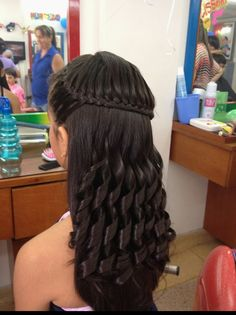 Pin on Feliz cumpleaños Quick and Easy Back to School Hairstyles for Teens - Braids Back To School Hairstyles, Teen Hairstyles, Pretty Hairstyles, Braided Hairstyles, Natural Hair Styles, Curly Hair Styles, Pinterest Hair, Hair Looks, Hair Lengths