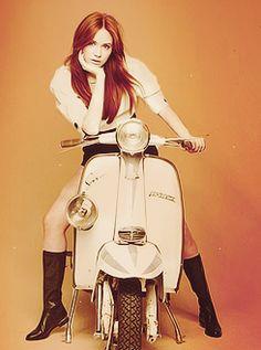 Karen Gillan on a retro motorbike! Cute photo op