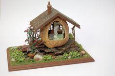 1/4 scale - Nell Corkin: Walnut Cottage
